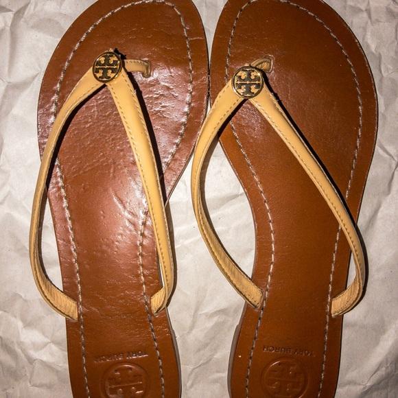 "d09d9dd32770 Tory Burch ""Terra"" Leather Thong Flip Flop Sandals.  M 5ade881e05f430c0a97227ff"